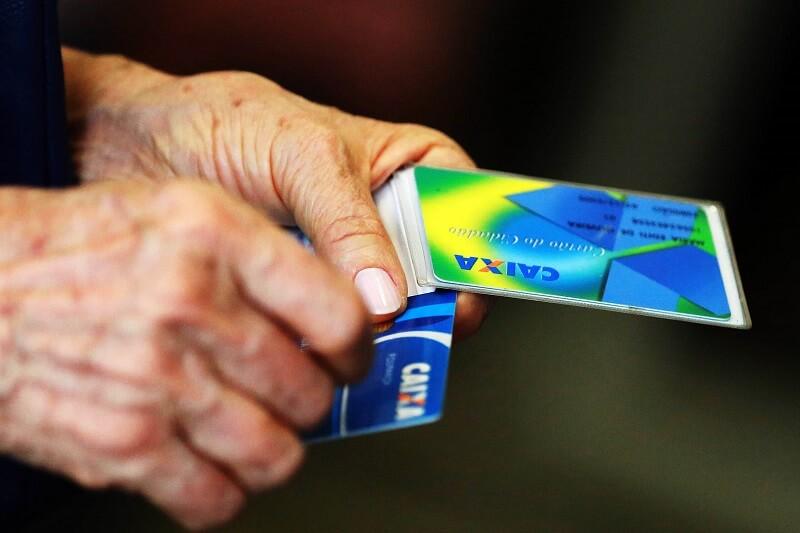 pagamento pis - Como vai acontecer o pagamento do 13 salário do bolsa família?